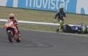 Rossi-jatuh-disenggol-Marquez.jpg