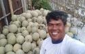 Suprianto-dan-melon.jpg