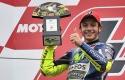 Valentino-Juara-di-Podium.jpg
