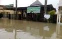 banjir-pekanbaru-panam.jpg