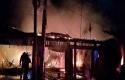 kebakaran-rumah-panam.jpg