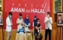 vaksinasi-perdana-di-Riau3.jpg